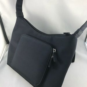croft & barrow small black nylon purse